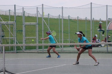 UTokyo Men's Tennis Team Wins 7-Univ. Competition for 3rd Consecutive Year as Women's Team Takes 2nd Place