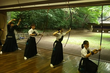 The UTokyo Women's Kyudo Team Wins the 7-Univ. Kyudo Competition, while the Men's Team Takes 3rd Place